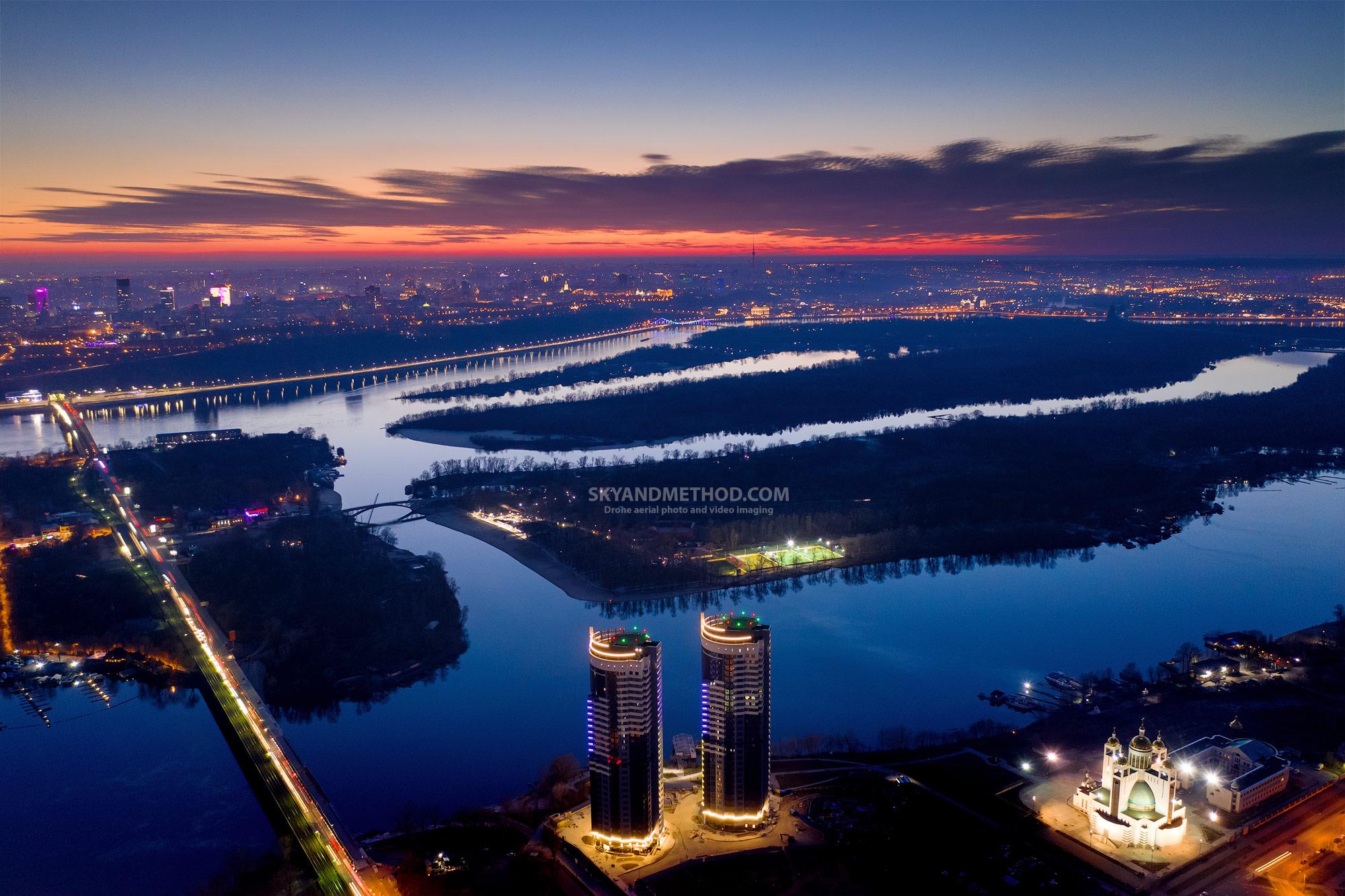 Рассвет над Киевом
