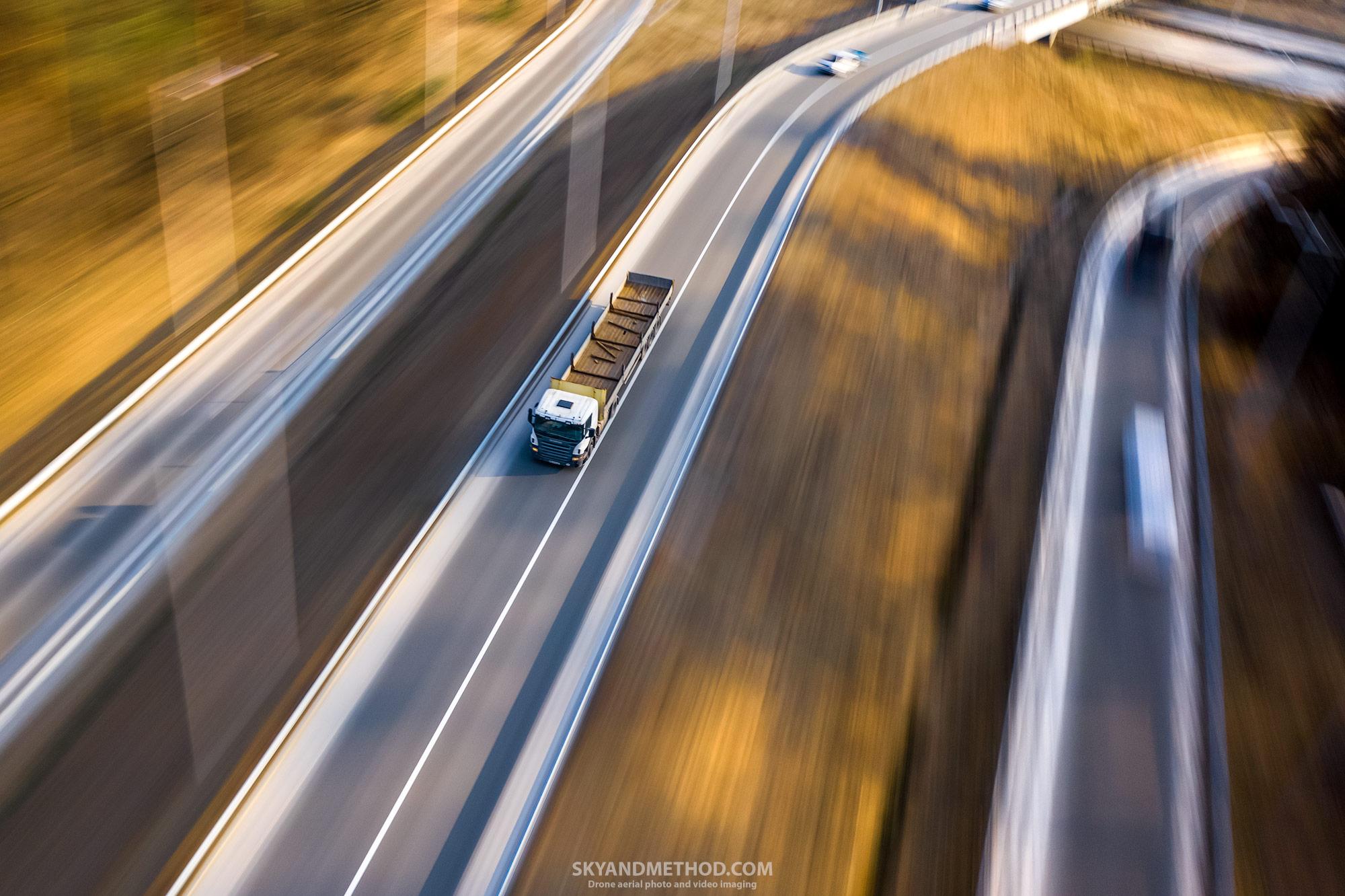 Транспорт с квадрокоптера