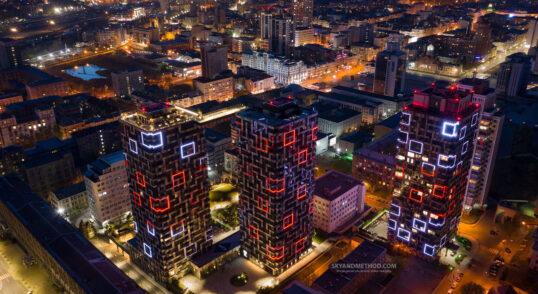 Ночной вид Киев и ЖК Tetris Hall